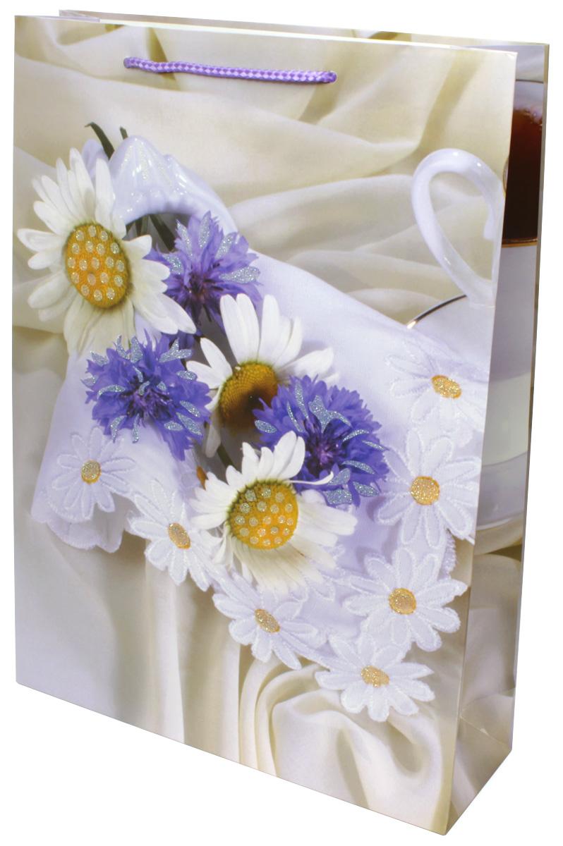 Пакет подарочный МегаМАГ Premium. Цветы, 32,4 х 44,5 х 10,2 см. 503 XLP503 XLPПодарочный пакет МегаМАГ, изготовленный из плотной ламинированной бумаги, станет незаменимым дополнением к выбранному подарку. Для удобной переноски на пакете имеются ручки-шнурки.Подарок, преподнесенный в оригинальной упаковке, всегда будет самым эффектным и запоминающимся. Окружите близких людей вниманием и заботой, вручив презент в нарядном, праздничном оформлении.