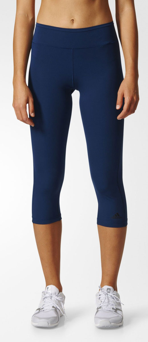 Леггинсы женские adidas Wo 3/4 Tight, цвет: синий. BK2204. Размер L (48/50)BK2204Леггинсы женские adidas Wo 3/4 Tightвыполнены из плотного, непрозрачного материала, который поможет избежать неловких ситуаций во время наклонов и упражнений на растяжку. Облегающий крой подчеркивает достоинства фигуры, а ткань с технологией climalite отводит излишки влаги. Ткань с технологией climalite быстро и эффективно отводит влагу с поверхности кожи, поддерживая комфортный микроклимат.