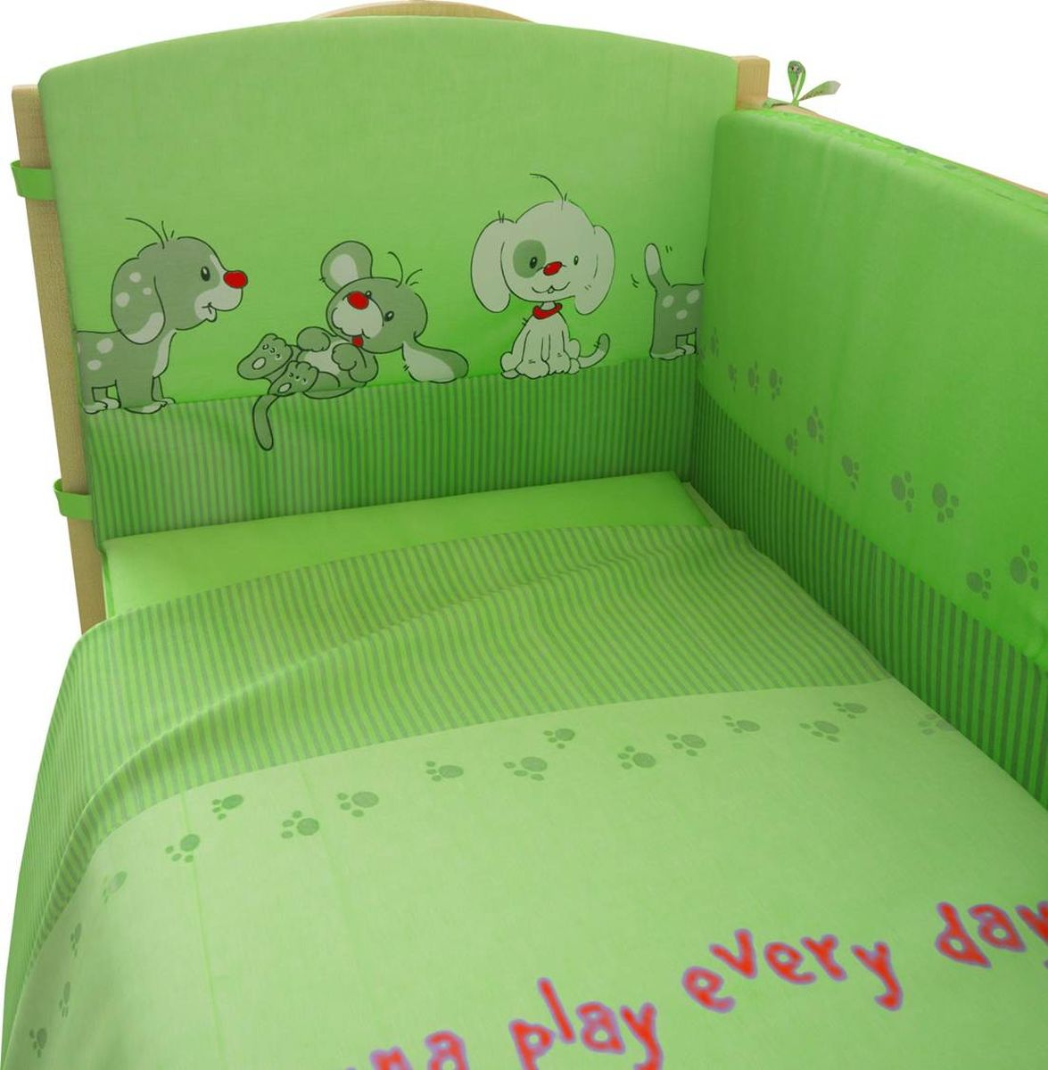 Фея Комплект белья для новорожденных Веселая игра цвет зеленый 6 предметов1064-4Постельное белье Фея, сшито из качественного хлопка. Белье не деформируется, цвет не выстирывается.В комплекте: наволочка 40х60, пододеяльник 112х147, простынь 110х150