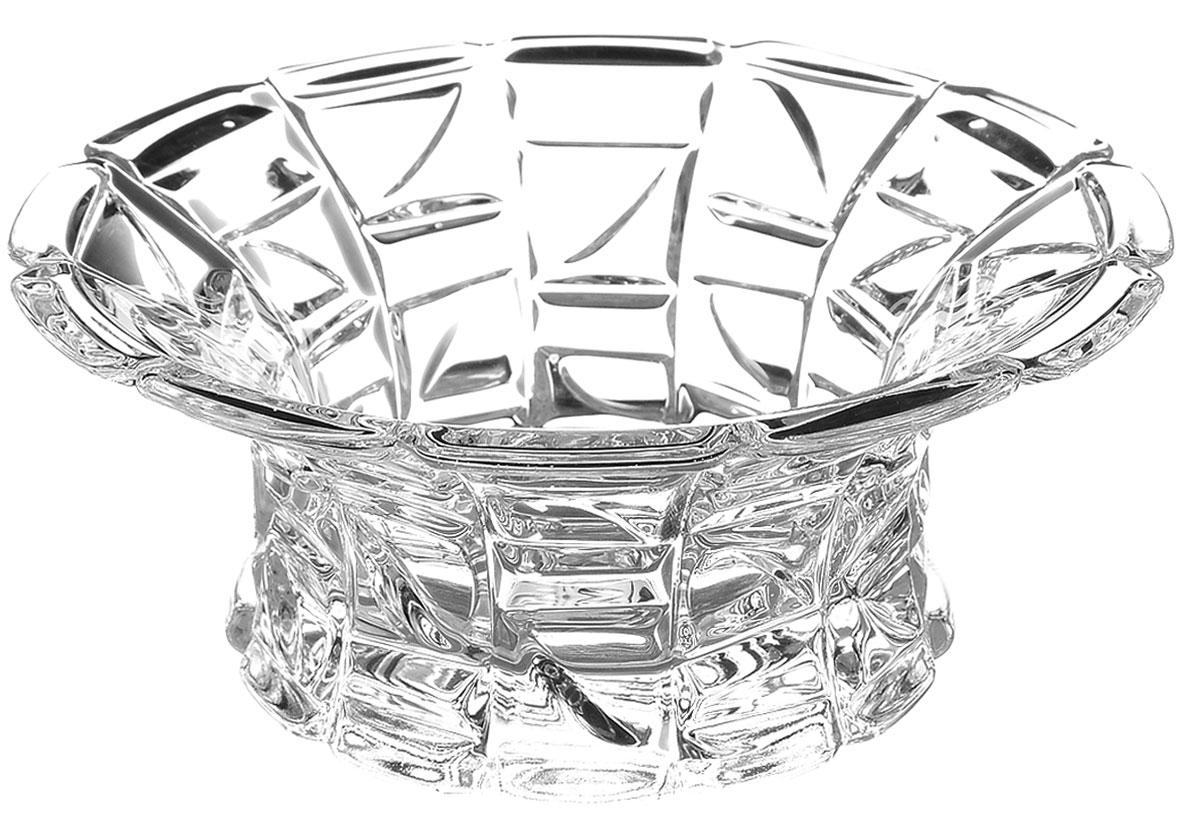 Салатник Crystal Bohemia, диаметр 12,5 см990/65803/0/47610/125-109Элегантный салатник Crystal Bohemia выполнен изнастоящего чешского хрусталя с содержанием 24% оксидасвинца, что придает изделию поразительную прозрачность ичистоту, невероятный блеск, присущий только ювелирнымизделиям, особое, ни с чем не сравнимое светопреломление иигру всеми красками спектра как при естественном, так и приискусственном освещении. Салатник Crystal Bohemia идеально подойдет для сервировкистола и станет отличным подарком к любому празднику.Диаметр салатника (по верхнему краю): 12,5 см.