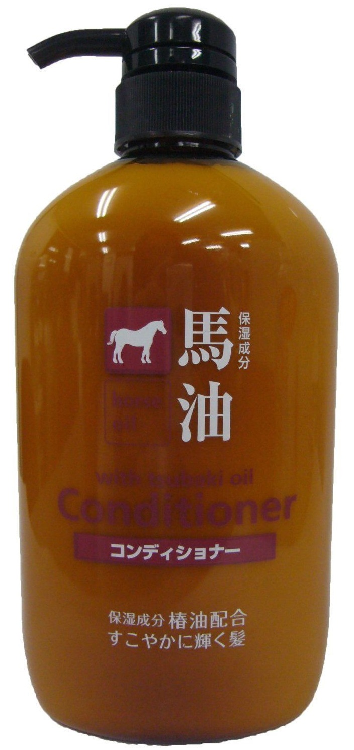 Loshi Кондиционер для волос, с содержанием конского жира, 600 мл4547087-100248Кондиционер для волос с содержанием конского жира Восстанавливающий и увлажняющий кондиционер для ухода за сухими, истонченными, ломкими и поврежденными волосами. Содержащиеся в конском жире жирные кислоты и витамины глубоко увлажняют, питают волосы, восстанавливают естественный баланс кожи головы, укрепляют луковицы и фолликулы, способствуют росту волос, а кератин восстанавливает структуру волос, делая их гладкими и блестящими. Глицерин смягчает волосы и защищает от неблагоприятного воздействия (перепады температур, сушка, окрашивание). Эффективен для ухода за сухими, истонченными, ломкими и поврежденными волосами Не содержит силикона.
