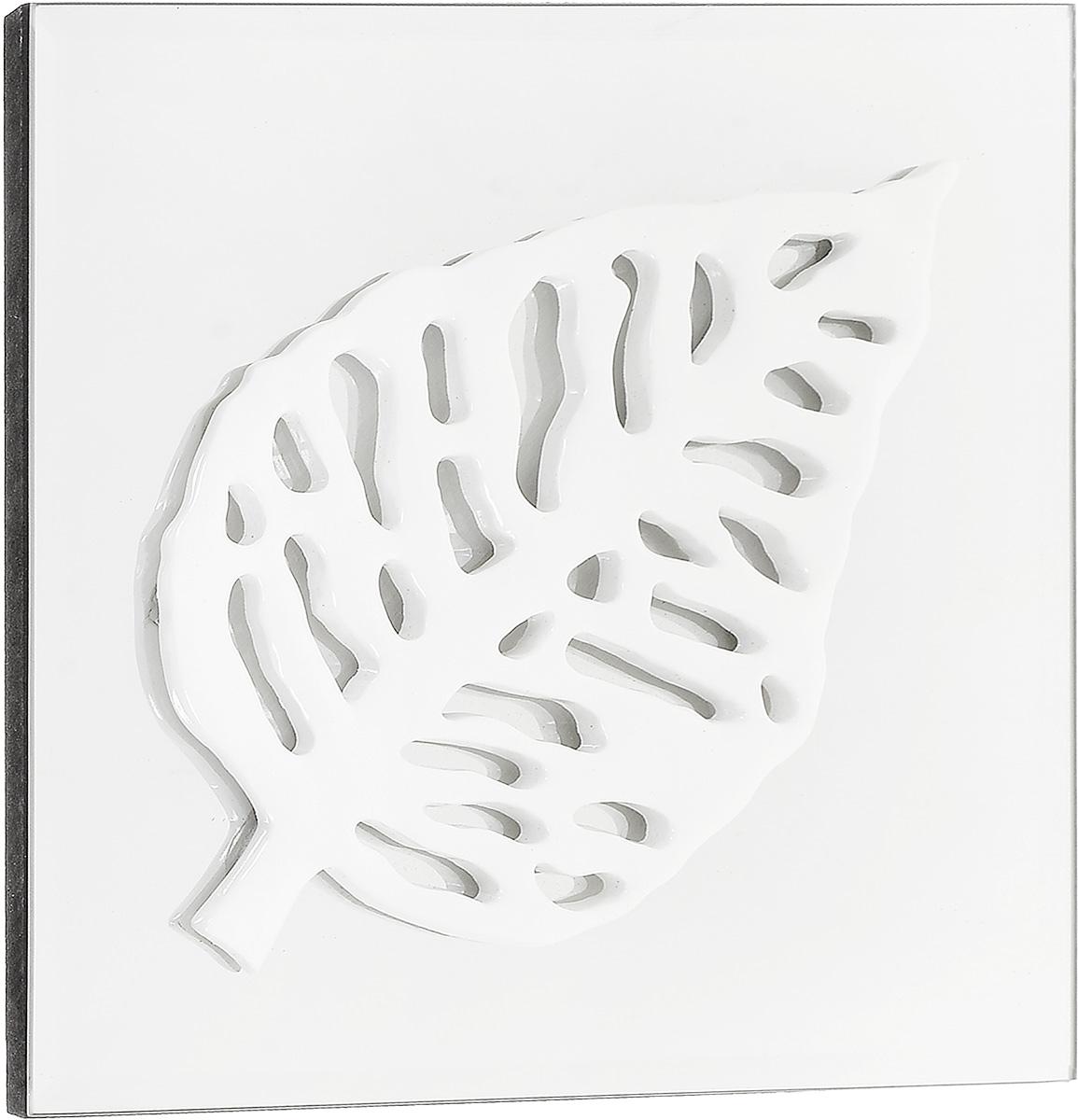 Украшение декоративное Феникс-Презент Листик, настенное, 24 x 24 x 2,3 см44064Настенное украшение Феникс-Презент Листик изготовлено из основы МДФ и зеркального стекла, декоративный элемент выполнен из полирезина в виде листка. Для удобства размещения изделие оснащено металлической петелькой для подвешивания. Такое украшение не только подчеркнет ваш изысканный вкус, но и прекрасным подарком, который обязательно порадует получателя.