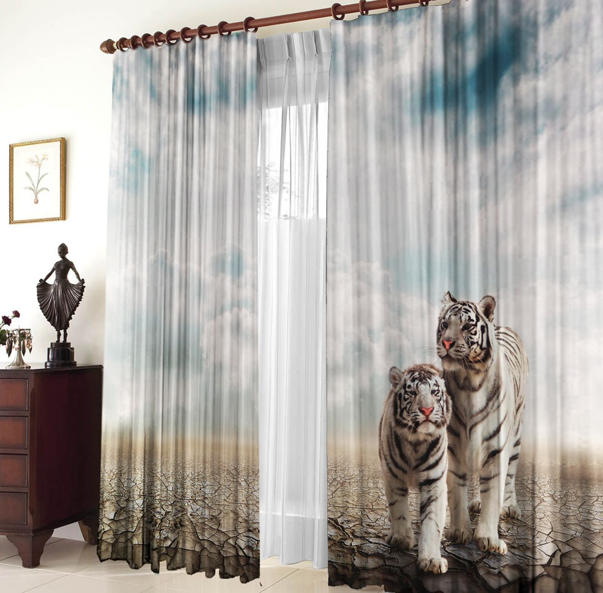 Комплект фотоштор Zlata Korunka Белые тигры, на ленте, высота 270 см21245Комплект фотоштор Zlata Korunka изготовлен из габардиновой ткани высочайшего качества. Фотошторы способны не пропускать самый яркий свет, их можно гладить и стирать. Рекомендации по уходу: бережная стирка при 30°С, деликатный отжим, отбеливание запрещено, гладить при температуре не более 150°С. Светопоглощение 70%. Плотность ткани: 150 г/м2. Оттенок изделия может отличаться от представленного на сайте в силу особенностей цветопередачи фототехники и вашего монитора.
