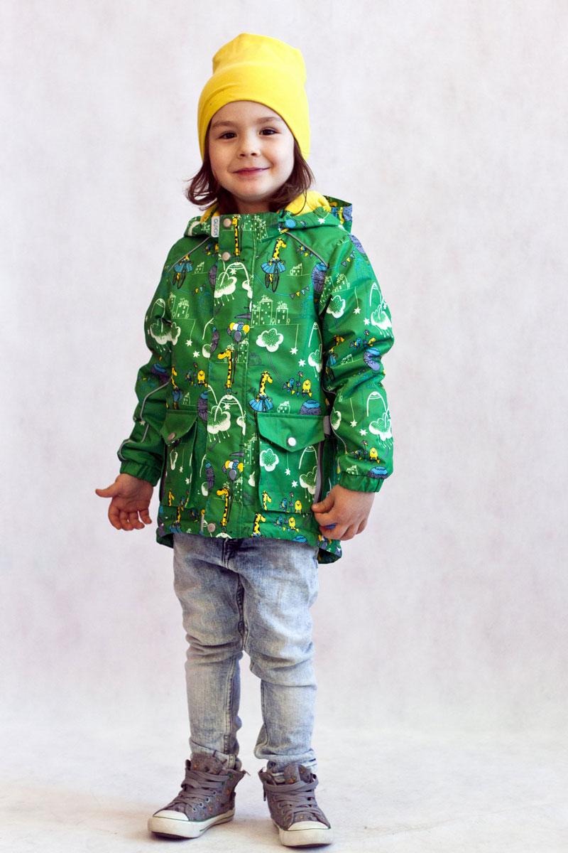 Куртка для мальчика OLDOS ACTIVE Янис, цвет: зеленый. 17/OA-2JK516. Размер 86, 1,5 года17/OA-2JK516Утепленная куртка-парка Янис из мембранной коллекции OLDOS ACTIVE отлично подойдет для прохладной весенней погоды. Верх из полиэстера с мембраной 3000/3000 обеспечивает водонепроницаемость, при этом одежда дышит. Внешнее покрытие TEFLON повышает износостойкость, а также облегчает уход за курткой. Утеплитель Hollofan PRO плотностью 100 г/м2 позволяет носить куртку при температуре от +10°С до -5°С. Флисовая подкладка в области грудки и спинки, а также внутри капюшона и на воротнике-стойке обеспечивает дополнительное тепло и комфорт, а также помогает мембране отводить излишнюю влагу (пот). Функционал куртки продуман до мелочей: застежка-молния, двойная ветрозащитная планка (внешняя застегивается на кнопки и липучки, внутренняя - с защитой подбородка), съемный капюшон с резинкой для лучшего прилегания, воротник-стойка с мягкой флисовой подкладкой, регулировка по талии и низу куртки, манжеты на резинке. В этой модели два типа карманов: накладные карманы с клапаном на кнопке и врезные карманы на молнии. Внутри куртки есть кармашек с нашивкой-потеряшкой, который застегивается на липучку. Куртка оснащена светоотражающими элементами.