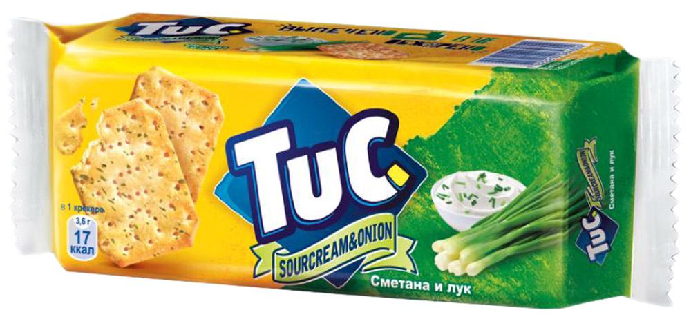 Tuc Крекер со вкусом сметаны и лука, 100 г641589, 638865Tuc - это соленый крекер, созданный в Бельгии более 50 лет назад. Особенно популярен он в странах Европы, в частности во Франции, Испании, Нидерландах, Дании, Швейцарии и Италии. Выпечено, а не обжарено. Крекер Tuc нежный, рассыпчатый, хрустящий и тает во рту.Уважаемые клиенты! Обращаем ваше внимание, что полный перечень состава продукта представлен на дополнительном изображении.Упаковка может иметь несколько видов дизайна. Поставка осуществляется в зависимости от наличия на складе.