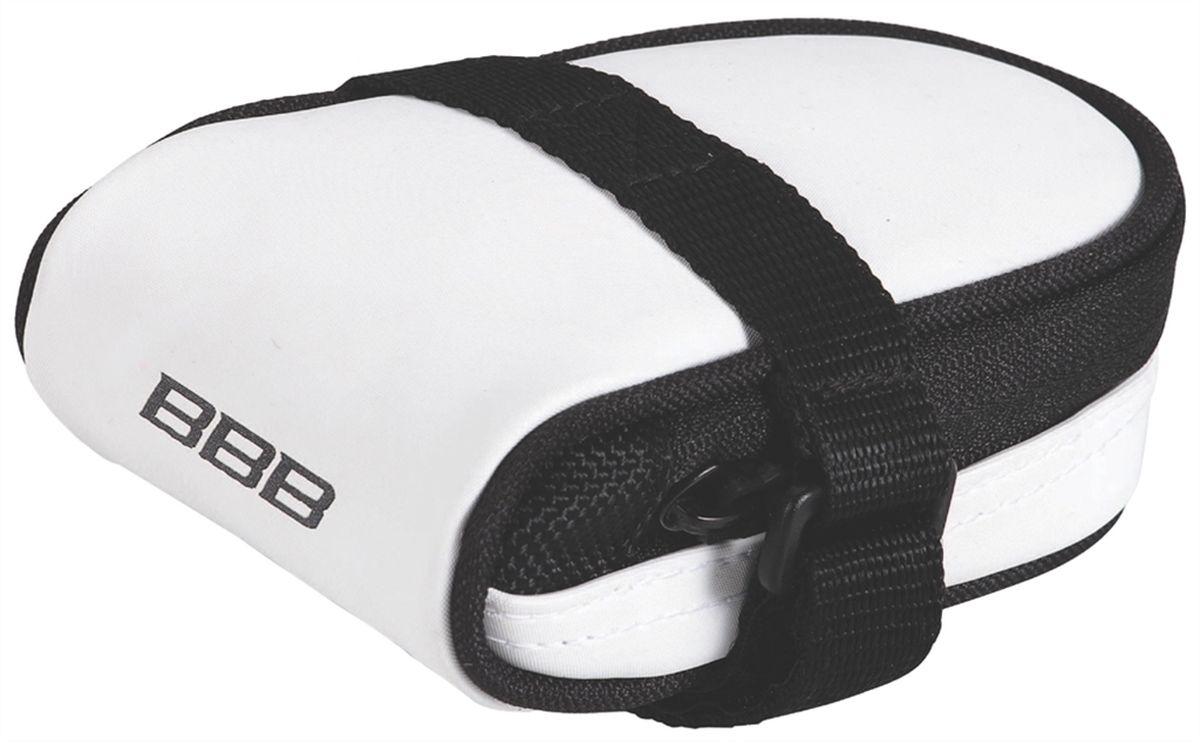 Велосумка под седло BBB RacePack, цвет: белыйBSB-14Компактная подседельная сумка для крепления непосредственно к седлу. Удобная система крепежных ремней для надёжной фиксации. Продуманный дизайн - едва заметна на велосипеде, но достаточно вместительная, чтобы в ней разместились шоссейная камера и монтажки.