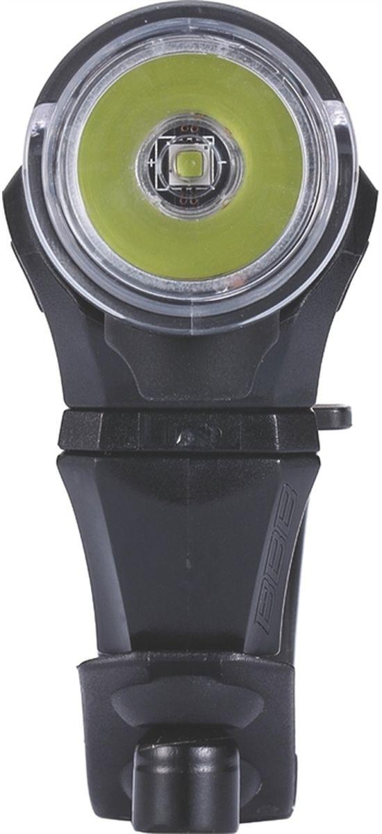 """BBB """"Scout 200 Lumen LED"""" - это идеальный товарищ для вашего городского или туристического велосипеда. Он очень компактный и легкий, с   мощным световым потоком и четырьмя режимами работы. Этот фонарь можно устанавливать как на руль, так и на шлем.  Особенности:   Мощный светодиод XPG CREE LED со световым потоком 200 Лм. Быстро и просто заряжается от USB. Индикатор заряда батареи. Водонепроницаемый. Алюминиевый корпус. Литий-полимерный аккумулятор (1000 mAh, 3,7V). 4 режима: яркий, стандартный, экономичный и мигающий. В комплекте крепление на руль TightFix. В комплекте кабель micro USB.      Гид по велоаксессуарам. Статья OZON Гид"""
