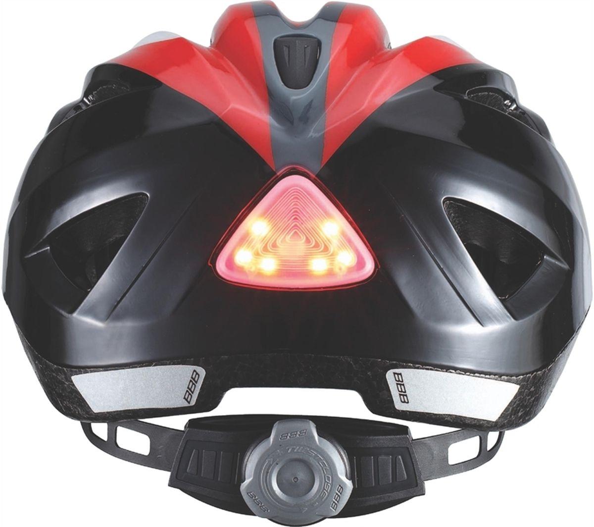 """Безопасность превыше всего - девиз BBB """"Hero"""". 11 вентиляционных отверстий обеспечивают отличную вентиляцию. На затылке -   интегрированный светодиод с легко заменяемыми батарейками, чтобы ваши дети всегда были в полной безопасности.  Особенности:   Интегрированная конструкция.   11 вентиляционных отверстий.   Отверстия для вентиляции в задней части шлема для оптимального распределения потоков воздуха.   Задний светодиодный габарит, включающийся нажатием.   Защитная сетка от насекомых в вентиляционных отверстиях.   Настраиваемые ремешки для максимально комфортной посадки.   Простая в использовании система настройки TwistClose, можно настроить шлем одной рукой.   Съемные мягкие накладки с антибактериальными свойствами и возможностью стирки.   Светоотражающие наклейки на задней части шлема.    Обхват головы: 51-55 см.      Гид по велоаксессуарам. Статья OZON Гид"""