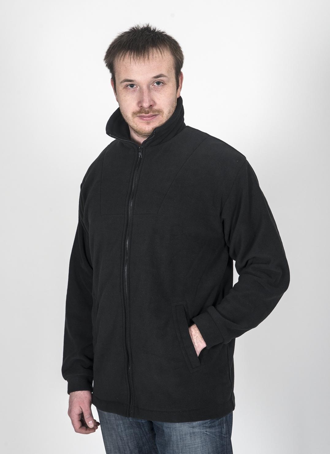Куртка Fisherman Комфорт, цвет: черный. 54773. Размер 48/50КомфортФлисовая куртка Комфорт отлично заменит шерстяной свитер или кофту. Куртка имеет разъемную молнию, высокий воротник и два глубоких кармана. Низ куртки регулируется при помощи резинки и стоппера. Изготавливается из ткани Polar fleece плотностью 300 гр\м2.Polar fleece это: трикотажная ткань с двухсторонним ворсом: особо износоустойчивым с наружной стороны - Polar и очень мягким и комфортным с внутренней - fleece. Polar fleece - лучший современный заменитель шерсти, дышащий и не вызывающий аллергии.Основные достоинства и преимущества:высокоэффективная теплозащита; мягкость и комфорт при прикосновении; отлично впитывает влагу и не холодит тело при намокании, как одежда из хлопка; быстро высыхает после намокания – быстрее, чем хлопок или шерсть; не обладает усадкой после стирки; не растягивается и не теряет форму в процессе эксплуатации.