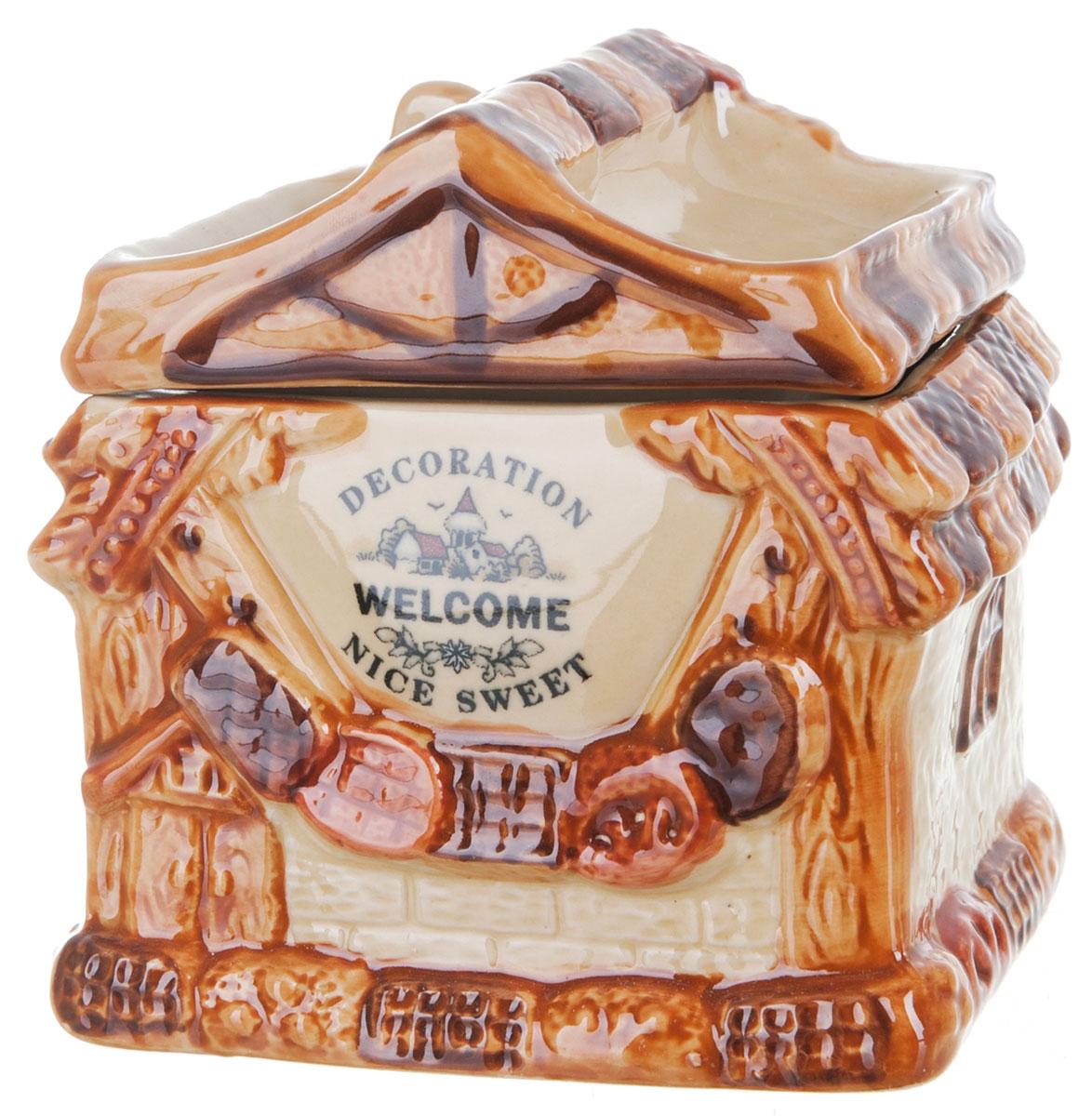Банка для сыпучих продуктов ENS Group Дом, милый дом, 800 мл0790050Банка для сыпучих продуктов ENS Group Дом, милый дом, изготовлена из высококачественной керамики. Изделие оформлено красочным изображением. Банка прекрасно подойдет для хранения различных сыпучих продуктов: чая, кофе, сахара, круп и многого другого. Изящная емкость не только поможет хранить разнообразные сыпучие продукты, но и стильно дополнит интерьер кухни.Можно использовать в посудомоечной машине.