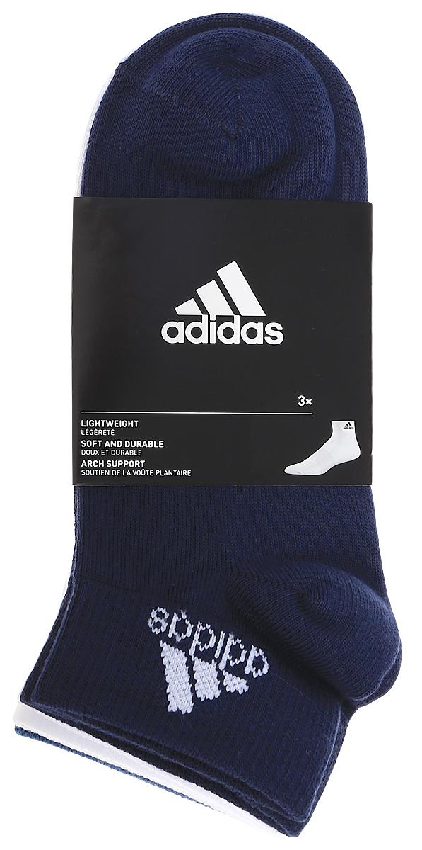 Носки adidas Per Ankle T, цвет: темно-синий, белый, голубой, 3 пары. S99888. Размер 31/34S99888Носки adidas Per Ankle T изготовлены из высококачественного эластичного хлопка с добавлением полиамида и полиэстера. Укороченные носки с поддержкой стопы имеют эластичную резинку, которая надежно фиксирует носки на ноге. В комплект входят 3 пары носков разных цветов.