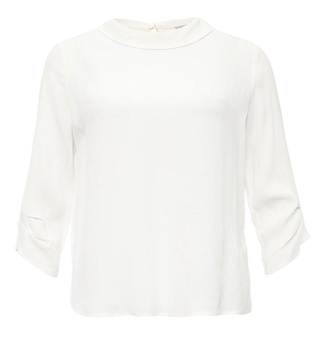 Блузка женская Sela, цвет: молочный. Tw-112/1172-7131. Размер 46Tw-112/1172-7131Лаконичная женская блузка Sela выполнена из тонкого легкого материала. Модель прямого кроя с отложным воротничком и рукавами 3/4 застегивается сзади на пуговицу. Блузкаподойдет для офиса, прогулок и дружеских встреч и будет отлично сочетаться с джинсами и брюками, и гармонично смотреться с юбками. Мягкая ткань на основе вискозы комфортна и приятна на ощупь.