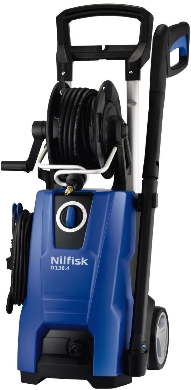 Минимойка Nilfisk D 130.4-9 X-TRA128470525Бытовая моечная машина Nilfisk D 130.4-9 X-TRA является надежным и высокопроизводительным аппаратом, предназначенным для мойки автомобилей, садовой мебели, тротуарных дорожек и т.д. Благодаря тележке с колесами машина легко перемещается и обладает хорошей маневренностью. Наличие телескопической рукоятки обеспечивает удобное хранение агрегата в случае его неиспользования. Надежная алюминиевая помпа гарантирует увеличенный рабочий ресурс.Технические характеристики:Мощность: 2,1 кВт. Производительность: 500 л/ч. Длина шланга: 9 м. Maксимальное давление воды: 130 бар. Длина кабеля: 5 м. Max температура воды на входе: 60°С. Габариты: 34,5 x 39,5 x 87,5 см.Комплектация: моечная машина; сопло C&C Tornado PR; сопло C&C Powerspreed; С&C распылитель с бутылкой, инструкцияКак выбрать мойку высокого давления. Статья OZON Гид