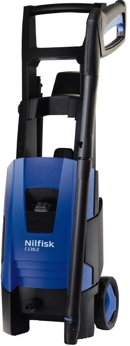 Минимойка Nilfisk C 130.2-8128470704Минимойка Nilfisk E 130.2-8 предназначена для очистки садовой мебели, инвентаря, автомобилей, твердых поверхностей. Двигатель мощностью 1,8 кВт обеспечивает высокую производительность. Благодаря надежной алюминиевой помпе агрегат имеет большой рабочий ресурс. Система CLICK&CLEAN позволяет быстро и удобно менять насадки.Технические характеристики:Мощность: 1,8 кВт. Производительность: 520 л/ч. Длина шланга: 8 м. Maксимальное давление воды: 130 бар. Длина кабеля: 5 м. Maксимальная температура воды на входе: 40°С.Комплектация: минимойка, насадка (128500298), насадка Tornado желтая (126481116), насадка (6520844), пистолет G3 с удлинителем (126481132), удлинительная насадка G3 (126481134), флакон (128500077)Как выбрать мойку высокого давления. Статья OZON Гид