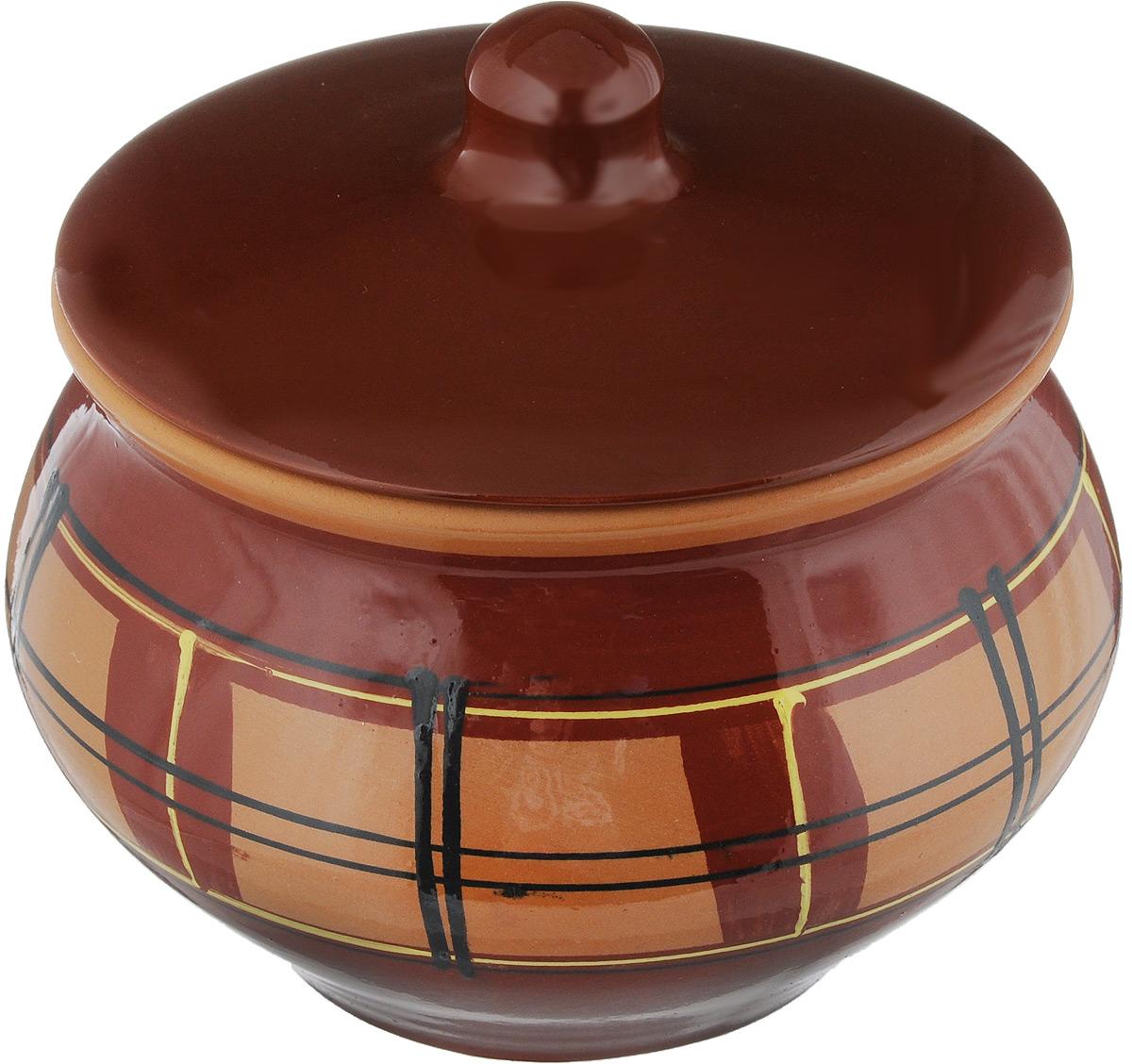 Горшок для жаркого Борисовская керамика Стандарт с крышкой, цвет: коричневый, темно-коричневый, 1,3 лОБЧ00000331_клетка, коричневый,Горшок для жаркого Борисовская керамика Стандарт выполнен из высококачественной керамики. Внутренняя и внешняя поверхность покрыты глазурью. Керамика абсолютно безопасна, поэтому изделие придется по вкусу любителям здоровой и полезной пищи. Горшок для жаркого с крышкой очень вместителен и имеет удобную форму. Уникальные свойства красной глины и толстые стенки изделия обеспечивают эффект русской печи при приготовлении блюд. Это значит, что еда будет очень вкусной, сочной и здоровой.Посуда жаропрочная. Можно использовать в духовке и микроволновой печи.Диаметр горшка (по верхнему краю): 15 см. Высота: 12 см.