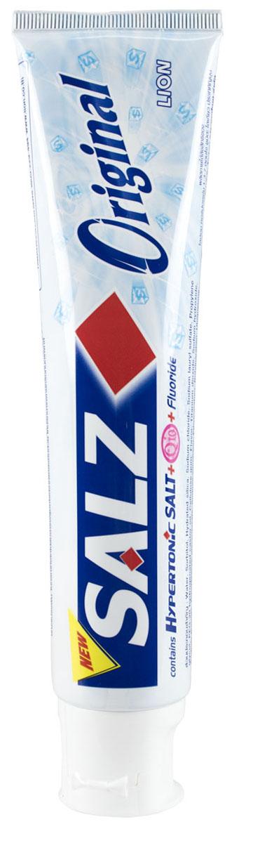 LionThailand Salz Original Паста зубная, 160 гр008922Инновационная формула зубной пасты «All Protection» обеспечивает комплексную защиту и уход за полостью рта., Зубная паста Salz содержит несколько основных активных компонентов: гипертоническую соль, коэнзим Q10 и фтор для защиты полости рта и устранения неприятного запаха., Прекрасно освежает дыхание., Обладает приятным мятным ароматом., -Концентрированное содержание гипертонической соли укрепляет десна и уменьшает количество бактерий, которые являются причиной появления неприятного запаха изо рта.,-Коэнзим Q10, являясь антиоксидантом, надежно защищает полость рта и десна., -Фтор предупреждает развитие кариеса и улучшает состояние зубной эмали., Способ применения: чистить зубы не менее 3х минут, последовательно обрабатывая наружные, жевательные и внутренние поверхности всех зубов.,Меры предосторожности: хранить в недоступном для детей месте., Способ хранения: хранить в прохладном сухом месте.,Состав: вода, сорбитол, гидратированный диоксид кремния, лаурилсульфат натрия, пропилен гликоль, целлюлозная камедь, диоксид титана, фторид натрия (менее 0,15%), убихинон (Q10), сахарин натрия, гидроксид натрия, дикалия глицирризат.,