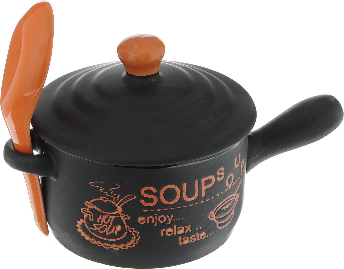 Супница Bekker, с ложкой, цвет: черный, оранжевый, 400 млBK-7306_черный, оранжевыйСупница Bekker, выполнена из высококачественной керамики. Изделие оснащено удобными ручками. Супница достаточно вместительна, поэтому прекрасно подойдет для подачи жидких блюд вместо обычной глубокой тарелки. Яркий дизайн и эстетичные формы украсят интерьер кухни и порадуют вас и ваших гостей. Он настроит на позитивный лад и подарит хорошее настроение. Набор является экологически безопасным, так как не содержит кадмия и свинца.Пригоден для использования в микроволновой печи, холодильнике.Можно мыть в посудомоечной машине.Супница Bekker - идеальный и необходимый подарок для вашего дома и для ваших друзей. Она станет украшением любой кухни.Диаметр супницы (по верхнему краю): 10 см.Высота (без крышки): 6 см.Длина ложки: 13 см.Ширина рабочей части: 4 см.