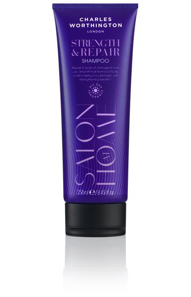 Charles Worthington Шампунь для волос Укрепление и восстановление, 250 мл.R5103Шампунь, обогащенный маслом Арганы и жожоба, мгновенно восстанавливает даже самые поврежденные волосы. Обогащенная кератином формула уменьшает ломкость на 97% и восстанавливает эластичность волос уже после первого использования. Разглаживает каждую прядь от корней до кончиков, делая волосы эластичными и легко управляемыми. Волосы до 6 раз более сильные и упругие.Благодаря специальной технологии FragranceLock ™, шампунь придает волосам стойкий приятный аромат, которым Вы будете наслаждаться в течение всего дня.