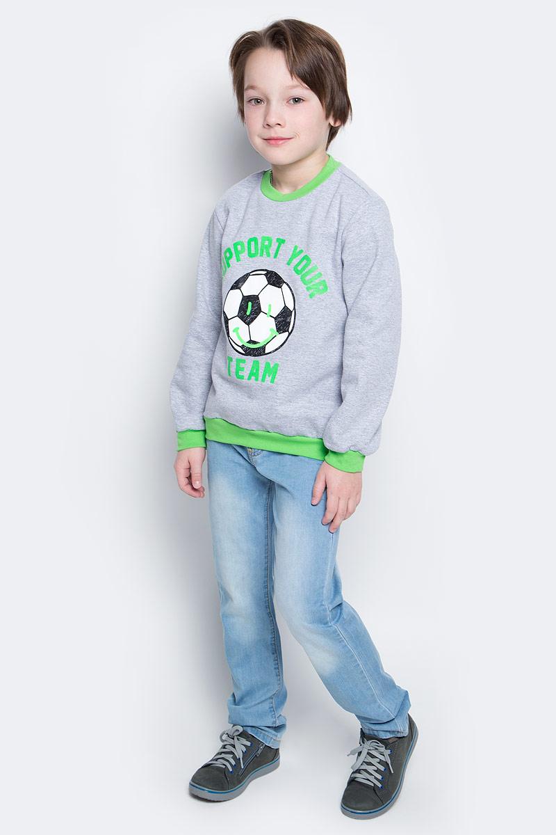 Свитшот для мальчика КотМарКот, цвет: серый меланж, зеленый. 20517. Размер 12220517Свитшот для мальчика КотМарКот выполнен из натурального хлопка. Модель с длинными рукавами имеет круглый вырез горловины. Свитшот украшен принтом в виде мяча и надписью.
