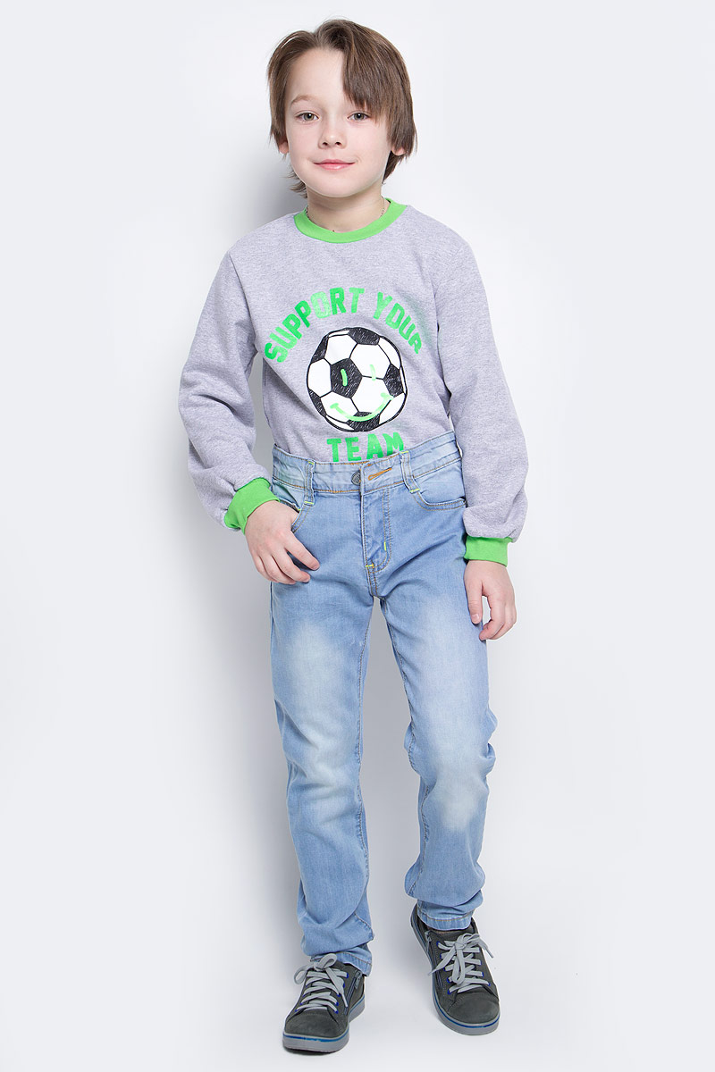 Джинсы для мальчика Nota Bene, цвет: голубой. SS162B411-10. Размер 128SS162B411-10Удобные джинсы для мальчика Nota Bene идеально подойдут вашему маленькому моднику. Изготовленные из эластичного хлопка, они мягкие и приятные на ощупь, не сковывают движения, сохраняют тепло и позволяют коже дышать, обеспечивая наибольший комфорт.Джинсы застегиваются на пуговицу в поясе, также имеются шлевки для ремня и ширинка на застежке-молнии. Объем пояса регулируется при помощи эластичной резинки с пуговицами изнутри. Спереди модель дополнена двумя втачными карманами и накладным кармашком, а сзади - двумя накладными карманами. Практичные и стильные джинсы идеально подойдут маленькому непоседе, а модная расцветка и высококачественный материал позволят ему комфортно чувствовать себя в течение дня!