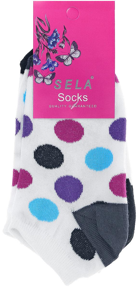 Носки для девочки Sela, цвет: белый, 2 пары. SOb-4/068-7102-2set. Размер 18/20SOb-4/068-7102-2setНоски для девочки Sela изготовлены из высококачественного эластичного хлопка с добавлением полиамида. Укороченные носки имеют эластичную резинку, которая надежно фиксирует носки на ноге. В комплект входят 2 пары носков, одна из которых оформлена принтом в разноцветный горох, а вторая - изображением забавной мордочки.