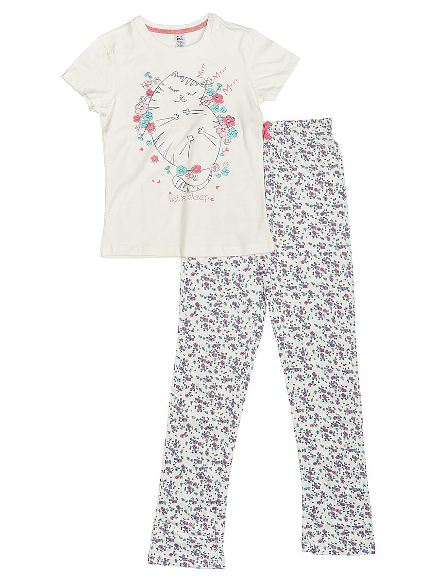 Пижама для девочки Sela, цвет: молочный. PYb-5662/025-7101. Размер 104/110PYb-5662/025-7101Уютная пижама для девочки Sela, состоящая из футболки и брюк, станет отличным дополнением к домашнему гардеробу. Пижама изготовлена из натурального хлопка, благодаря чему она приятна на ощупь и комфортна в носке. Футболка слегка приталенного кроя с короткими рукавами оформлена оригинальным принтом. Круглый вырез горловины дополнен мягкой эластичной бейкой. Брюки прямого кроя имеют пояс на широкой резинке, дополнительно регулируемый шнурком, и оформлены принтом, сочетающимся с принтом футболки.