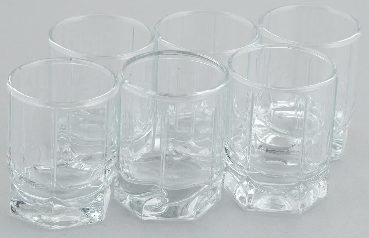 Набор стопок Pasabahce Tango, 60 мл, 6 шт42294/Набор Pasabahce Tango состоит из 6 стопок, выполненных из закаленного натрий-кальций-силикатного стекла. Изделия прекрасно подойдут для подачи крепких алкогольных напитков. Набор стопок Pasabahce Tango украсит ваш стол и станет отличным подарком к любому празднику.