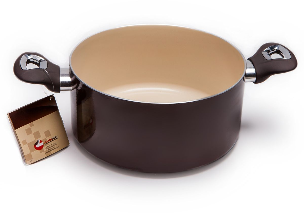 Кастрюля MoulinVilla C&C. Lumenflon, с антипригарным покрытием, диаметр 24 см3501046Кастрюля MOULINvilla, изготовленная из литого алюминия, покрыта экологически чистым антипригарным покрытием. Покрытие является экологически чистым и безопасным для здоровья человека, поскольку оно не выделяет токсичных газов (PFOA и PTFE) даже в условиях высокой температуры. Кроме того, покрытие не содержит тяжелых металлов (кадмий, свинец, ртуть). Внутреннее и внешнее покрытие сделано таким образом, чтобы оно легко очищалось. Такое покрытие предотвратит прилипание пищи к кастрюле, сделает процесс приготовления простым и приятным занятием. Покрытие очень сложно поцарапать или повредить из-за его высокой степени твердости, поэтому его можно использовать в течение длительного периода. Высокая теплопроводность и равномерное распределение температуры позволят готовить намного быстрее.Подходит для газовых, электрических, стеклокерамических плит, не подходит для индукционных плит. Кастрюля пригодна для мытья в посудомоечной машине, но без использования абразивных чистящих средств.Диаметр кастрюли (по верхнему краю): 24 см.