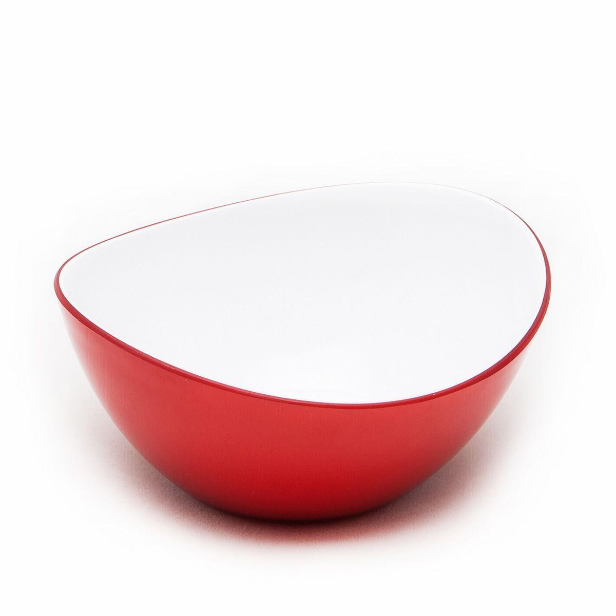 Миска MoulinVilla, цвет: красный, 16 х 14 х 6 смL-16RОригинальная миска Moulinvilla, изготовленная из высококачественного акрила, благодаряпривлекательному дизайну выполняет не только практичную, но и декоративную функцию. Белый цвет внутренней поверхности и cочный, интенсивный цвет снаружи отлично контрастируют, привлекая к себе внимание.Миска подойдет для сервировки салатов, фруктов, закусок, десертов, печенья, сладостей и других продуктов.Подходит для мытья в посудомоечной машине.