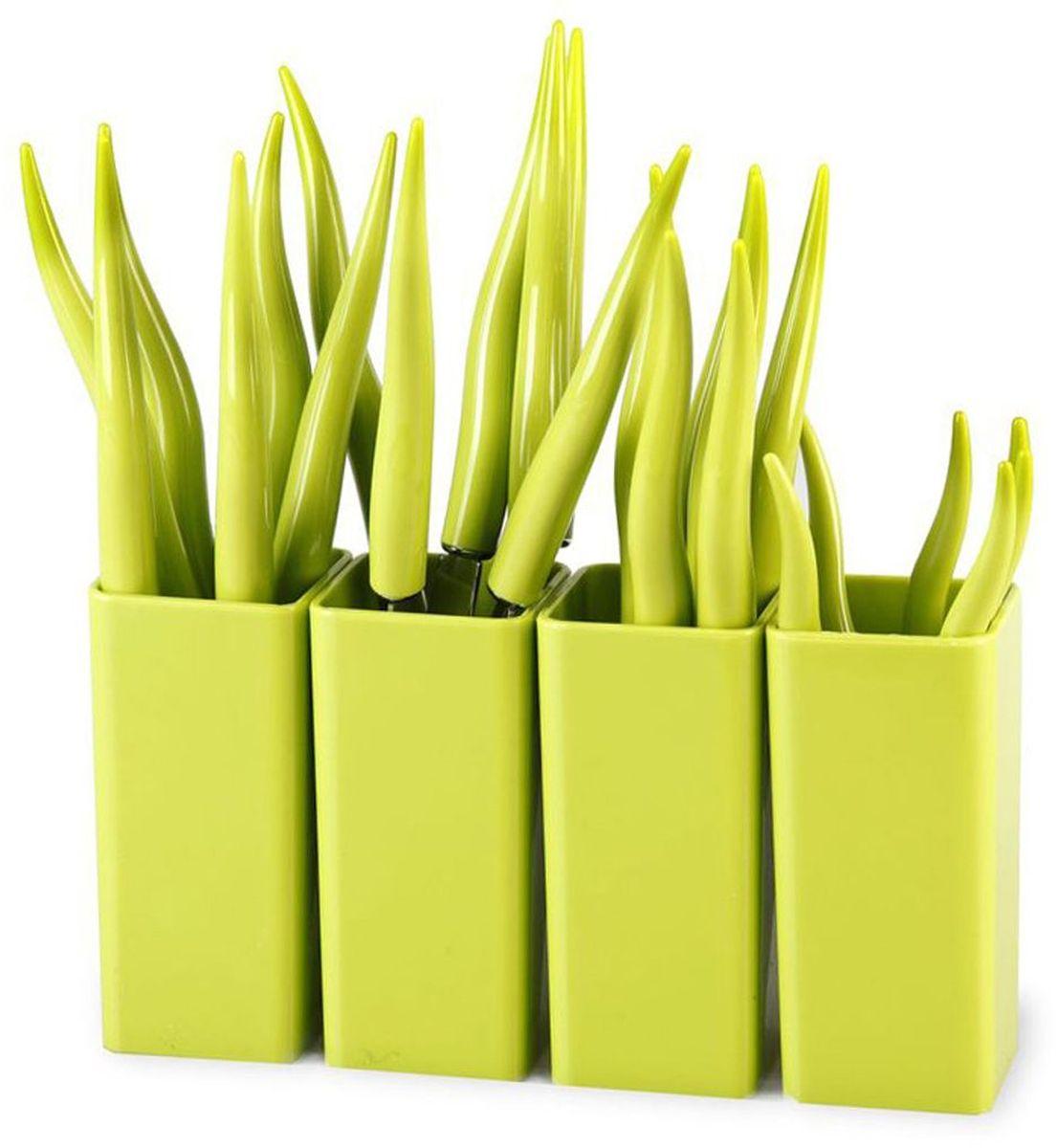 Набор столовых приборов MOULINvilla Chili, цвет: зеленый, 24 предметаTUL-24GНабор MOULINvilla Chili состоит из 6 вилок, 6 ножей, 6 столовых ложек, 6 чайных ложек, 4 подставок, выполненных из нержавеющей стали. Рукоятки столовых приборов изготовлены из высокопрочного пластика. Сервировка праздничного стола таким набором станет великолепным украшением любого торжества.