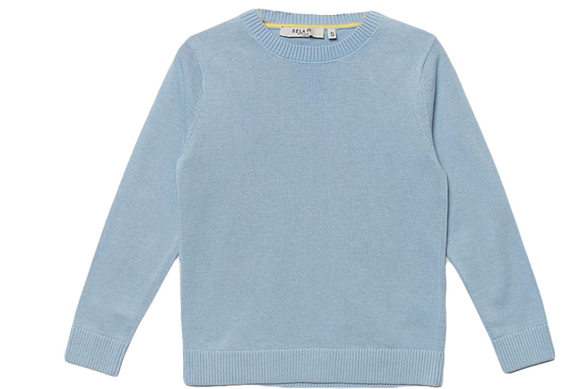 Джемпер для мальчика Sela, цвет: небесно-голубой. JR-714/168-7161. Размер 104, 4 годаJR-714/168-7161Стильный джемпер для мальчика Sela выполнен из натурального хлопка мелкой вязки. Модель прямого кроя с длинными рукавами подойдет для прогулок и дружеских встреч и будет отлично сочетаться с джинсами и брюками. Мягкая ткань комфортна и приятна на ощупь. Воротник, манжеты рукавов и низ изделия связаны резинкой.
