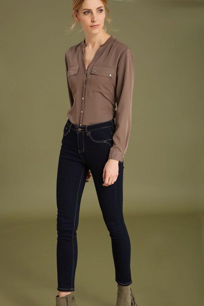 Брюки женские Top Secret, цвет: синий. SSP2426NI. Размер 36 (44)SSP2426NIСтильные женские брюки Top Secret - брюки высочайшего качества на каждый день, которые прекрасно сидят. Модель изготовлена из высококачественного комбинированного материала. Эти модные и в тоже время комфортные брюки послужат отличным дополнением к вашему гардеробу. В них вы всегда будете чувствовать себя уютно и комфортно.