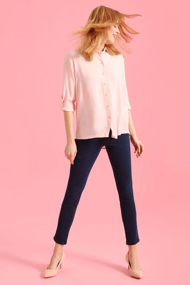 Рубашка женская Top Secret, цвет: светло-розовый. SKL2236JR. Размер 42 (50)SKL2236JRРубашка женская Top Secret выполнена из 100% вискозы. Модель с отложным воротником застегивается на пуговицы.