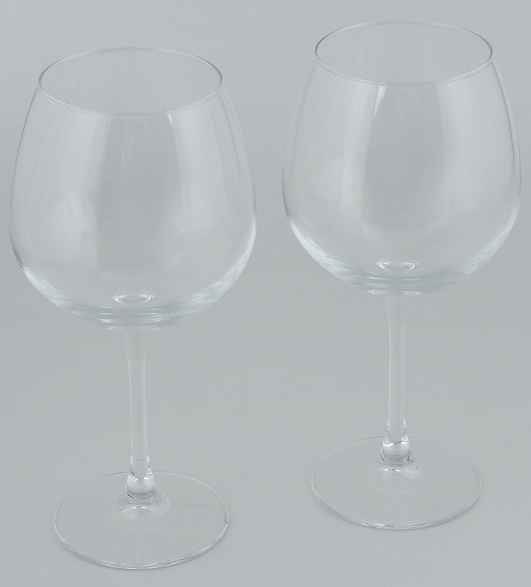 Набор бокалов для вина Pasabahce Enoteca, 780 мл, 2 шт44248//Набор Pasabahce Enoteca состоит из двух бокалов, выполненных из прочного натрий-кальций-силикатного стекла. Изделия оснащены высокими ножками и предназначены для подачи вина. Они сочетают в себе элегантный дизайн и функциональность. Набор бокалов Pasabahce Enoteca прекрасно оформит праздничный стол и создаст приятную атмосферу за романтическим ужином. Такой набор также станет хорошим подарком к любому случаю. Высота бокала: 24 см.
