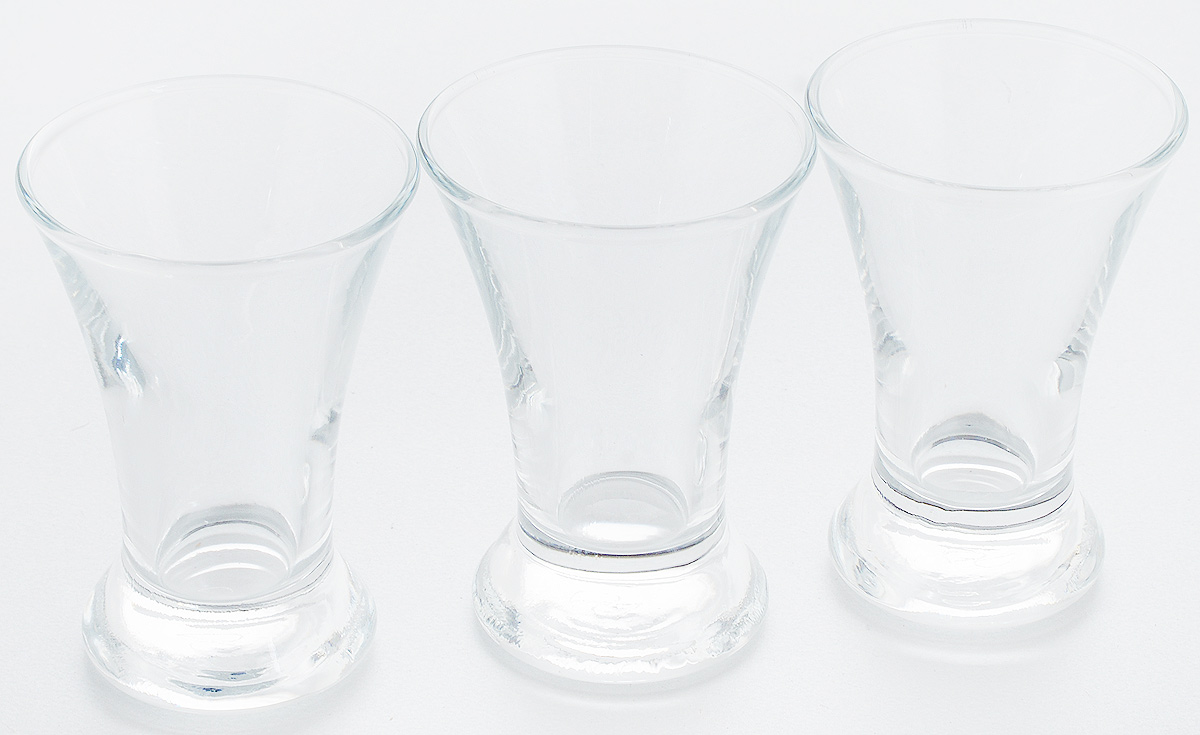 Набор стопок Pasabahce Pub, 50 мл, 3 шт42194BНабор Pasabahce Pub состоит из 3 стопок, выполненных из закаленного натрий-кальций-силикатного стекла. Изделия прекрасно подойдут для подачи крепких алкогольных напитков. Набор стопок Pasabahce Pub украсит ваш стол и станет отличным подарком к любому празднику.Высота стопки: 8 см.