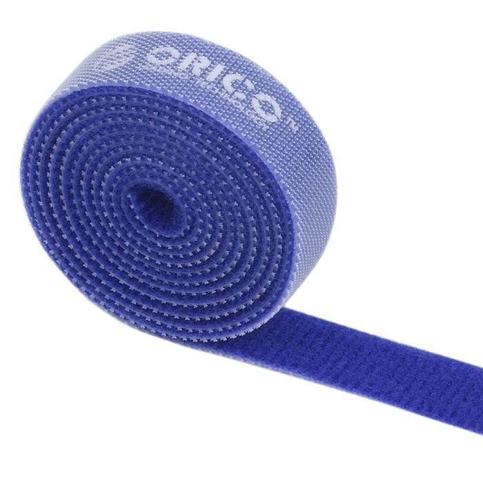 Orico CBT-1S, Blue стяжка для кабелейORICO CBT-1S-BLORICO CBT-1S поможет навести порядок среди кабелей как дома, так и в офисе. На одной стороне ORICO CBT-1S находится липучка, а на обратной - поверхность для липучки. Если стяжка окажется слишком длинной, то от неё можно отрезать всё лишнее. Оставшуюся часть можно также использовать для связывания кабелей. Общая длина стяжки составляет 1 метр. ORICO CBT-1S встречается в нескольких цветах: чёрном, оранжевом, жёлтом, красном и зелёном.