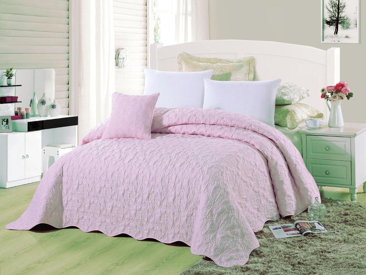 Покрывало Cleo Андора, цвет: розовый, 220 х 240 см293/007-ADПокрывало Cleo коллекции Андора придаст романтический дизайн интерьеру в вашей комнате. В изготовлении покрывала используется полиэстер - синтетическая ткань, мягкая и приятная на ощупь. Данный материал обладает рядом преимуществ: не требуют особого ухода, пропускает воздух, дарит приятную и легкую прохладу, это особенно важно жаркие дни, очень быстро сохнет, легко стирается, не мнется, не тянется, краски останутся яркими и сочными долгое время. Покрывало Cleo коллекции Андора - это великолепный сюрприз для вас и ваших близких. Благодаря своей цветовой гамме, вы всегда можете найти то, чего вам не хватало в интерьере!