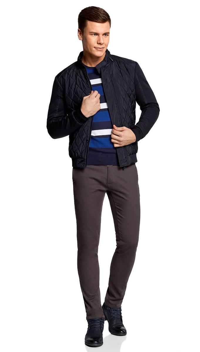 Куртка мужская oodji Lab, цвет: темно-синий. 1L111022M/46728N/7979B. Размер L-182 (52/54-182)1L111022M/46728N/7979BМужская куртка oodji Lab выполнена из высококачественного материала. Модель с воротником-стойкой застегивается на застежку-молнию и дополнительно ветрозащитным клапаном на кнопки. Спереди расположено два прорезных кармана.