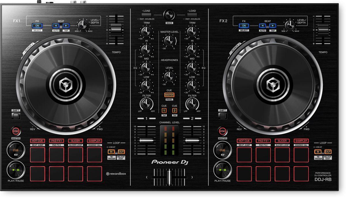 Pioneer DDJ-RB DJ контроллер для начинающих375289Контроллер начального уровня Pioneer DDJ-RB с питанием от USB - это все, что вам нужно для начала работы с программой Rekordbox dj.Размещение кнопок play/cue, джогов, индикаторов уровня сигнала и других органов управления соответствует оборудованию класса pro-DJ.Для запуска функций Hot Cues, Beat Jump, эффектов Pad FX и Slicer используются Performance пэды. Кроме того, у контроллера появилась специальная кнопка для новой функции Sequence Call (вызов секвенции).Pioneer DDJ-RB является первым контроллером, поддерживающим выход PC Master Out для воспроизведения сигнала с мастер-выхода через встроенные динамики компьютера или подсоединенные внешние акустические системы. При этом сам контроллер в этот момент продолжает работать с наушниками.Создание секвенций из семплов и вызов их без использования компьютера с помощью новой кнопки Sequence Call. Помимо этого, можно запускать Hot Cues (горячие точки запуска), эффекты Pad FX, Beat Jump и Slicer с помощью восьми пэдов.Характеристики:Частотный диапазон: 20 - 20000 ГцЧастота дискретизации: 44100 ГцА/Ц преобразователь: 24 битЦ/А преобразователь: 24 битСоотношение сигнал/шум: 103 дБЗвуковые искажения: 0,005%Эффекты/Семплер: PAD FX / сэмплер: 16 слотов х 4 банкаRelease FX/Scene FX: HPF / LPFДиаметр джога: 128 ммКоличество Hot Cue: 8Петли: Beat Jump / Loop move / Manual loop