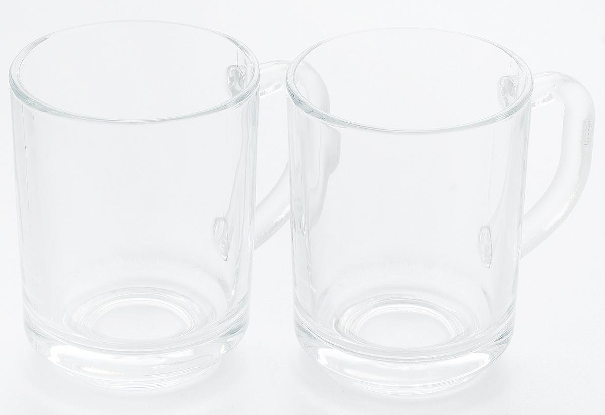 """Набор Pasabahce """"Pub"""" состоит из двух кружек, выполненных из натрий-кальций-силикатного стекла. Изделия оснащены удобными ручками. Кружки сочетают в себе изысканный дизайн и функциональность. Благодаря такому набору пить напитки будет еще вкуснее.Набор кружек Pasabahce """"Pub"""" прекрасно оформит праздничный стол и создаст приятную атмосферу за ужином. Такой набор также станет хорошим подарком к любому случаю.Кружки можно мыть в посудомоечной машине и использовать в микроволновой печи до +70°С."""