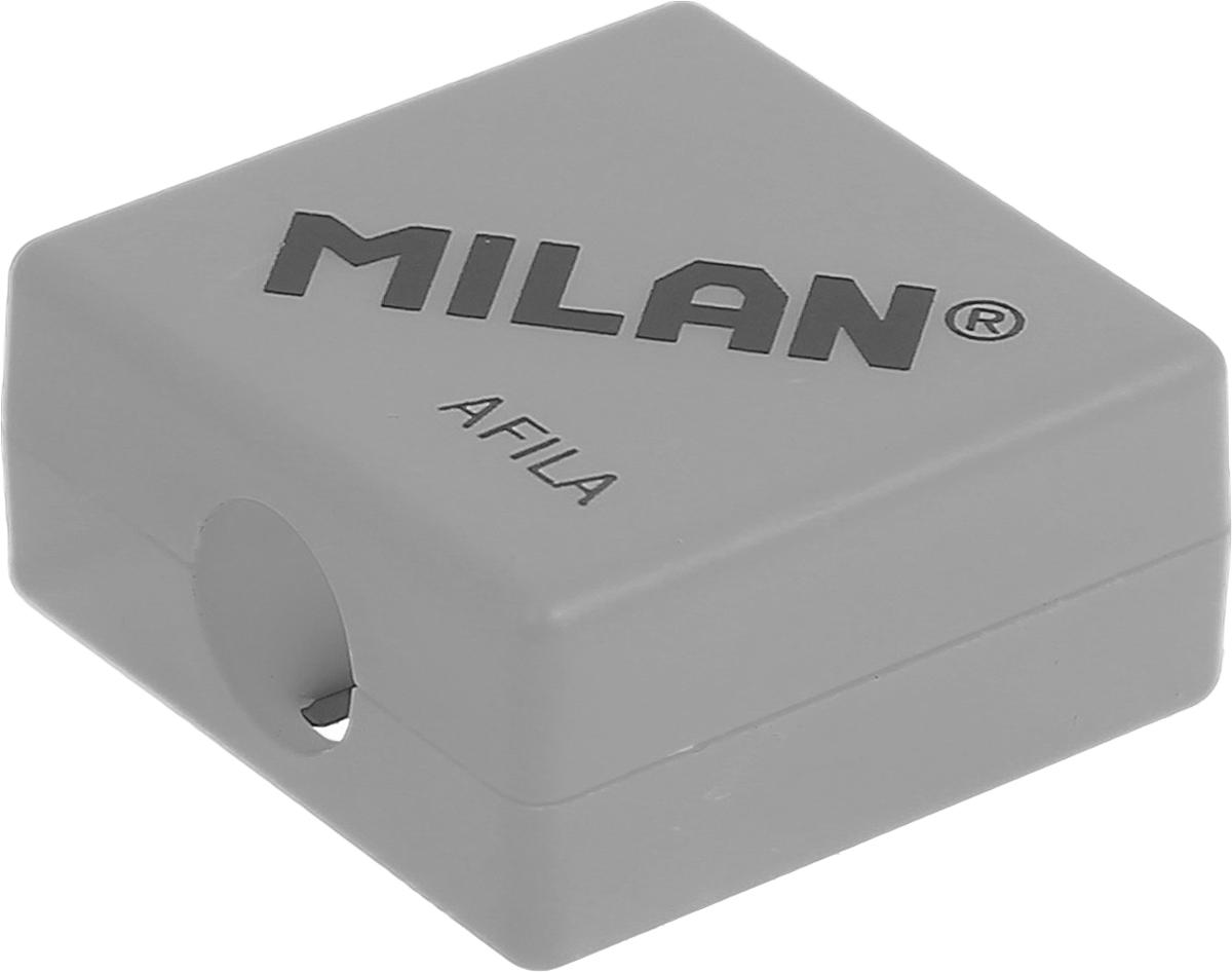 Milan Точилка Afila цвет серый20140932_серыйКомпактная точилка Milan Afila оснащена безопасной системой заточки.Эта система предотвращает отделение лезвия от точилки. Идеально подходит для использования в школах. Стальное лезвие острое и устойчиво к повреждению. Идеально подходит для заточки графитовых и цветных карандашей