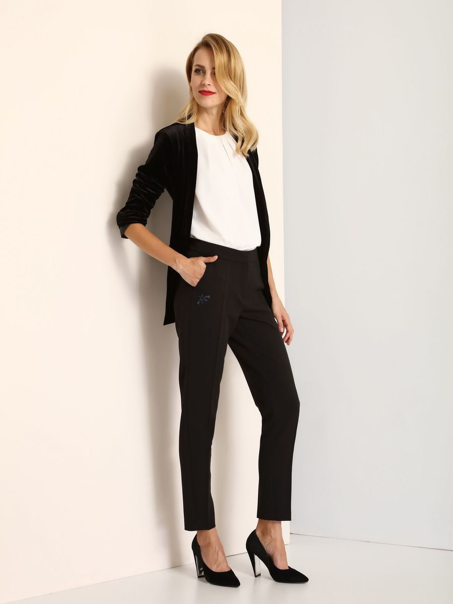Брюки женские Top Secret, цвет: черный. SSP2462GR. Размер 34 (42)SSP2462GRСтильные женские брюки Top Secret - брюки высочайшего качества на каждый день, которые прекрасно сидят. Модель изготовлена из высококачественного полиэстера и эластана. Эти модные и в тоже время комфортные брюки послужат отличным дополнением к вашему гардеробу. В них вы всегда будете чувствовать себя уютно и комфортно.