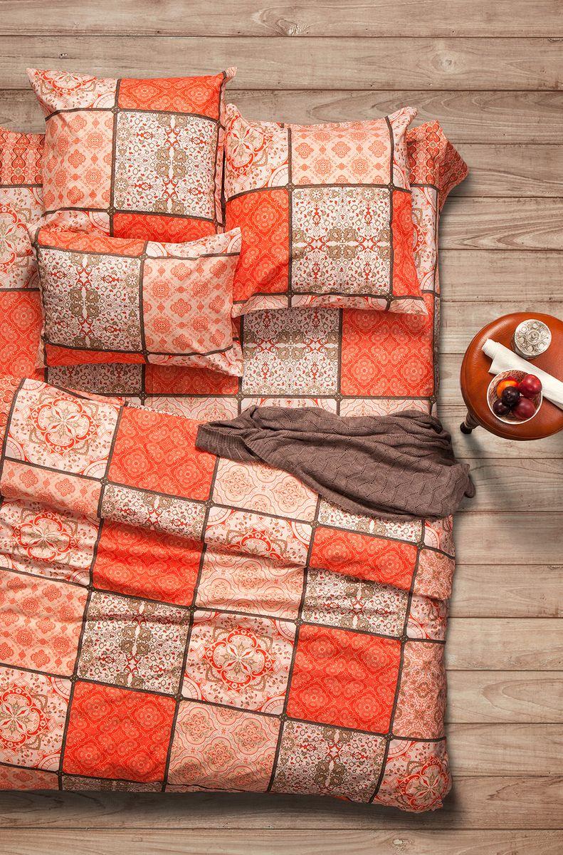 Комплект белья Sova & Javoronok Шафран, семейный, наволочки 70x70, цвет: оранжевый02030816314Коллекция постельного белья Sova & Javoronok «Шафран» была вдохновлена разнообразными ароматами природы, каждый из которых имеет свои особенности и уникальные ноты. Комплект постельного белья, выполнен из поплина. Этот высококачественный материал отличается своей прочностью, экологичностью и мягкостью. Легкая и гигроскопическая ткань практически не мнется, поэтому белье не собирается в грубые складки даже во время самого беспокойного сна. Поплин приятен телу, поэтому не вызывает раздражения или аллергии и при этом обеспечивает максимально комфортный сон. Комплект постельного белья из поплина, в отличии от постельного белья из бязи, гораздо тоньше и имеет благородный блеск, который придает ему особую изысканность. Постельное белье не потеряет свой цвет и текстуру даже после многочисленных стирок.