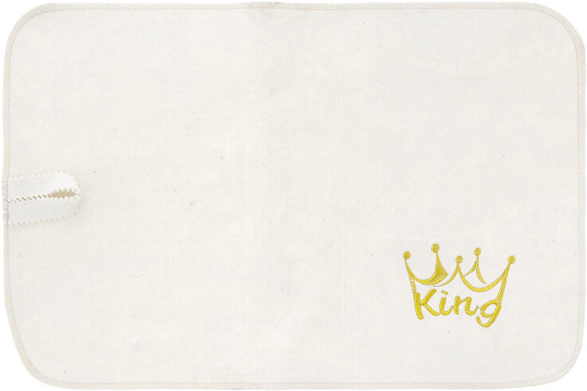 Коврик для бани и сауны Доктор Баня King, цвет: белый, 48 см x 32 см909Коврик - необходимый банный аксессуар. Является средством личной гигиены, защищает открытые части тела парильщика от перегретых поверхностей полок, лавок в парной бани или сауны. Коврик выполнен из фетра и оформлен вышивкой в виде короны с надписью King.