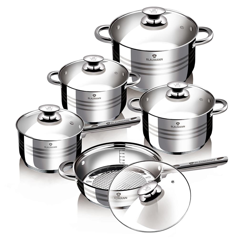 Набор посуды Blaumann Gourmet Line. Jambo, 10 предметов1637-BLНабор посуды Blaumann Gourmet Line состоит из трех кастрюль, сковороды и ковша. Изделия выполнены из нержавеющей хромоникелевой стали. Этот материал обладает высокой стойкостью к коррозии и кислотам. Прочность,долговечность и надежность этого материала, а также первоклассная обработка обеспечивают практически неограниченный запас прочности. Зеркальная полировка придает посуде привлекательный внешний вид. Сковорода имеет крышку и стальную длинную ручку.Посуда оснащена удобными ручками, которые не нагреваются в процессе приготовления пищи. Крышки изготовлены из жаростойкого стекла. Изделия подходят для использования на всех видах плит, а также для индукционных.Можно мыть в посудомоечной машине. Диаметр кастрюль (по верхнему краю): 18 см, 20 см, 24 см. Объем кастрюль: 2,5 л, 3,9 л, 6,5 л. Высота стенок кастрюль: 10,5 см, 11,5 см, 13,5 см. Объем ковша: 2,1 л. Диаметр ковша (по верхнему краю): 16 см. Высота стенки ковша: 9,5 см. Длина ручки ковша: 16 см. Диаметр сковороды (по верхнему краю): 24 см. Высота стенок сковороды: 6,5 см. Длина ручки сковороды: 19 см.