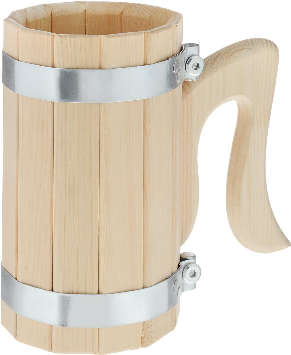 Кружка для бани и сауны Доктор Баня, 1 л905254_синий, голубой, серыйКружка Доктор Баня выполнена из натурального кедра с двумяметаллическими обручами и оснащена резной ручкой. Она простонезаменима для подачи напитков, приготовления отваров изтрав и ароматических масел, также подходит для декора или вкачестве сувенира.Объем кружки: 1 л. Диаметр по верхнему краю: 10,5 см. Высота стенки: 19 см. Длина ручки: 14,5 см.