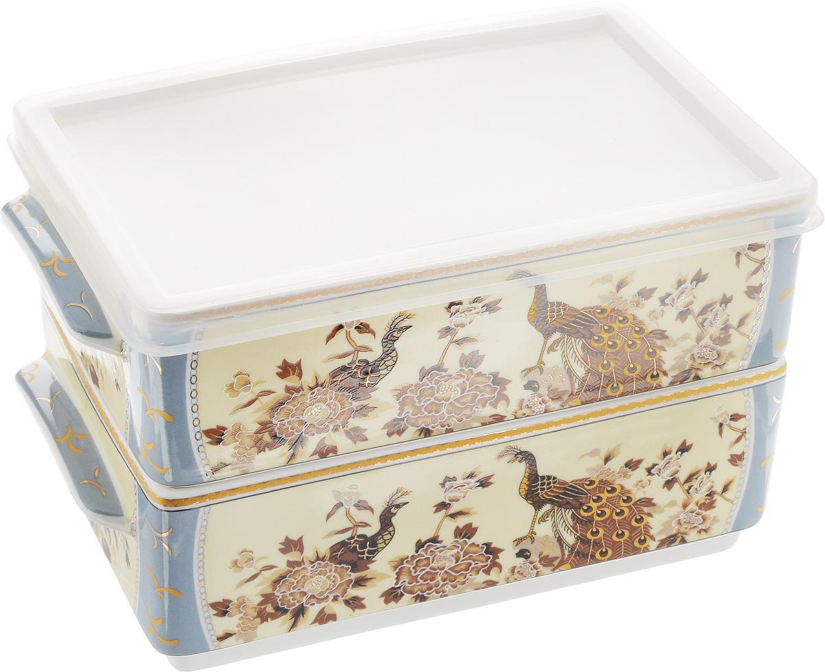Набор блюд для холодца Elan Gallery Павлин на бежевом, 800 мл, 2 шт503538Блюда для холодца Elan Gallery Павлин на бежевом, изготовленные из высококачественной керамики, предназначены для приготовления и хранения заливного или холодца. Пластиковая крышка, входящая в комплект, сохранит свежесть вашего блюда. Также блюда можно использовать для приготовления и хранения салатов. Изделия оформлены оригинальным рисунком. Такие блюда украсят сервировку вашего стола и подчеркнут прекрасный вкус хозяйки.Не рекомендуется применять абразивные моющие средства. Не использовать в микроволновой печи. Размер блюд (без учета ручек и крышки): 17,5 х 11,5 х 6,5 см.Объем блюд: 800 мл.