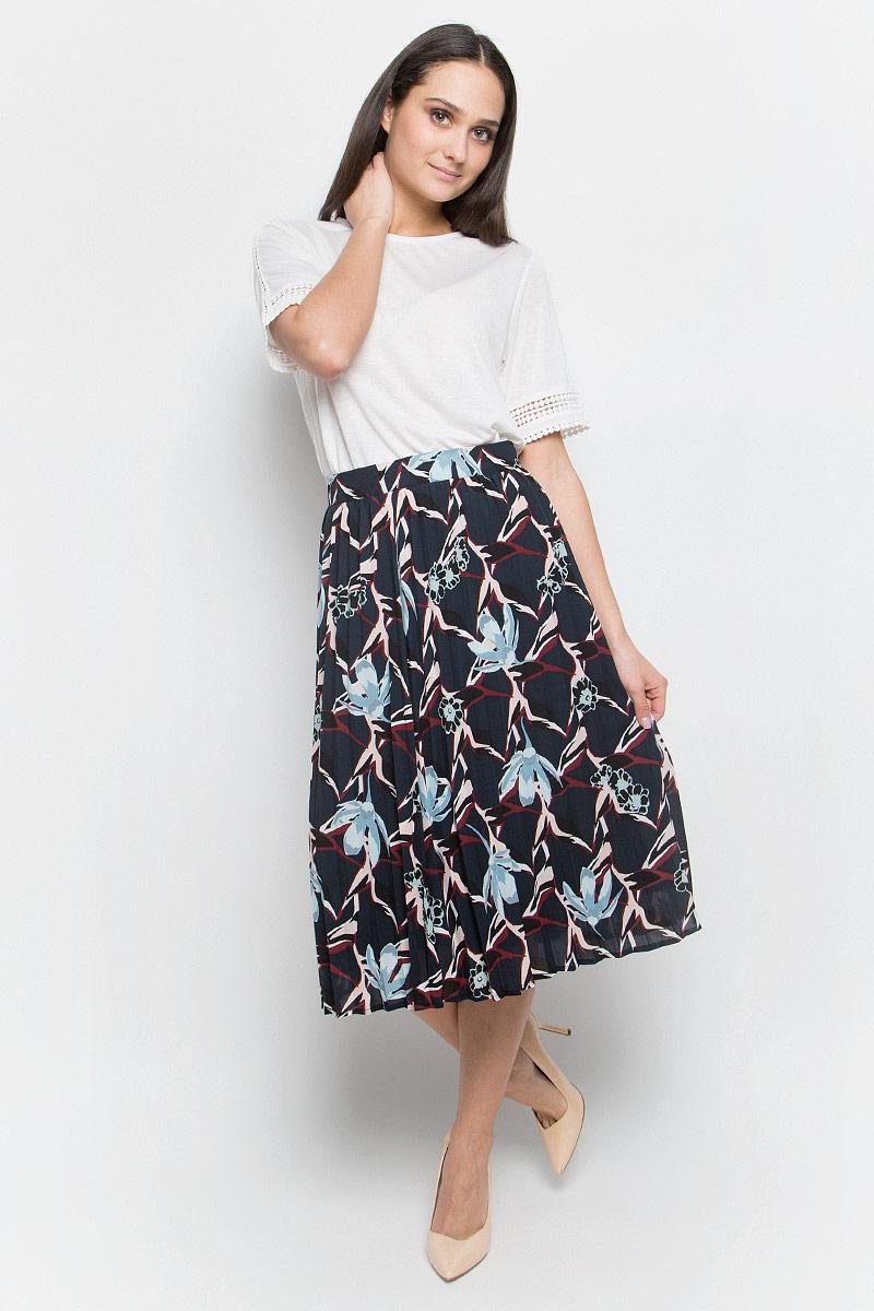 Юбка Baon, цвет: темно-синий. B477001. Размер L (48)B477001_Dusk PrintedПлиссированная юбка Baon выполнена из струящейся ткани и оформлена ярким принтом. Модель длины миди. Боковая сторона дополнена потайной застежкой-молнией.