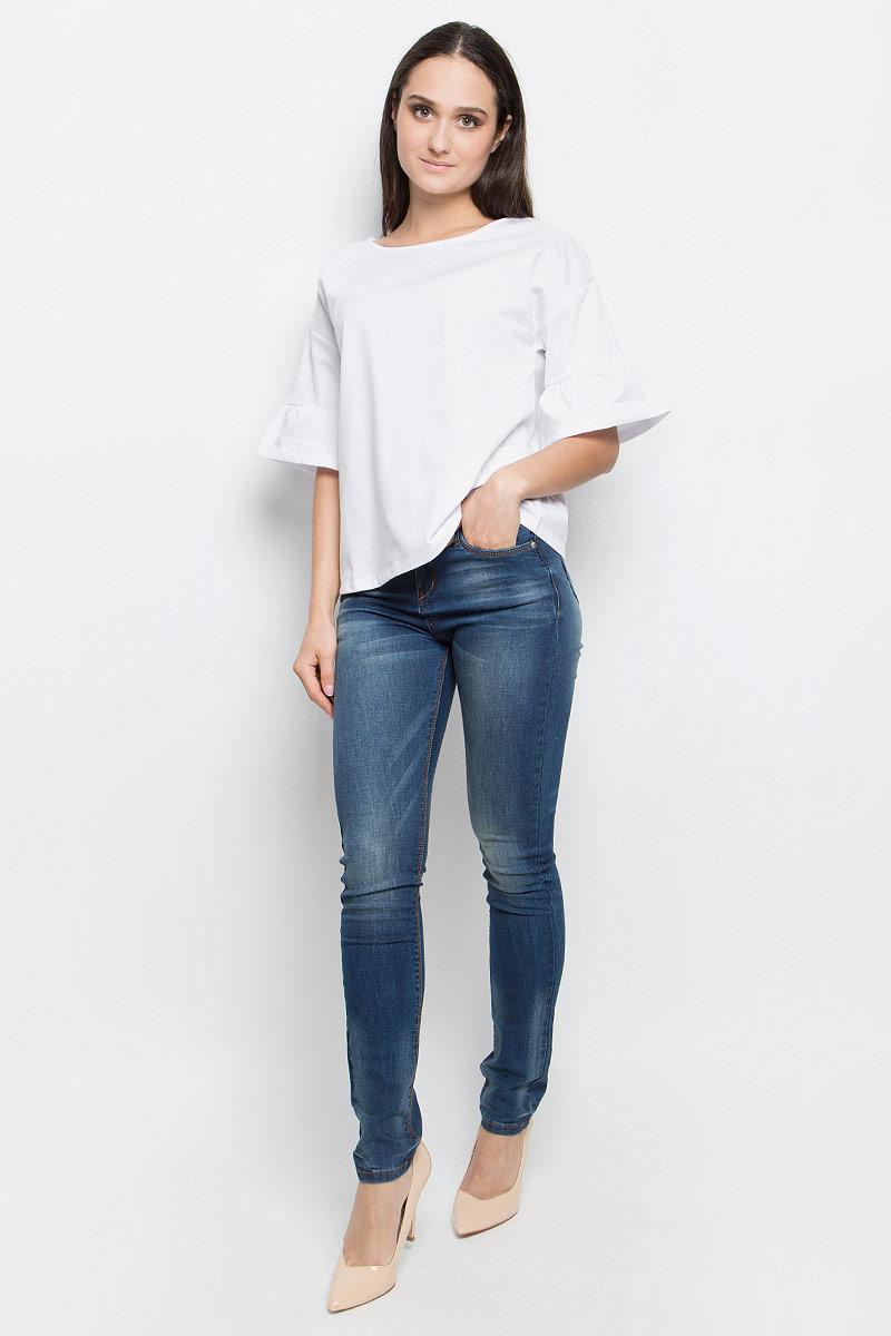 Блузка женская Baon, цвет: белый. B237019. Размер XL (50)B237019_WhiteЖенская блузка Baon выполнена из хлопка и полиэстера. Модель с круглым вырезом горловины истандартными рукавами со смещенной проймой, оформленными сборкой.