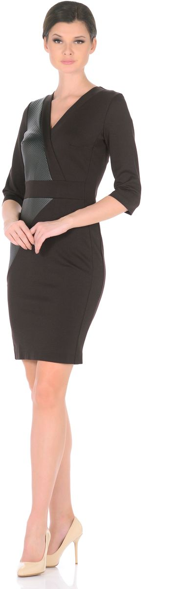 Платье Rosa Blanco, цвет: темно-коричневый, черный. 3189-А46-1. Размер 483189-А46-1Элегантное платье Rosa Blanco станет отличным дополнением к вашему гардеробу. Модель изготовлена из сочетания качественных материалов. Платье-миди с юбкой-футляр выполнено с оригинальным V-образным вырезом горловины и короткими рукавами 3/4. Модель имеет потайную застежку-молнию на спинке. Эффектные вставки из искусственной кожи придают элегантной классической модели дерзкий современный вид. Задняя сторона юбки оформлена небольшой шлицей.